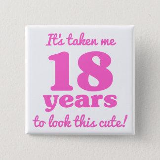 Pin's 18ème anniversaire mignon pour des femmes