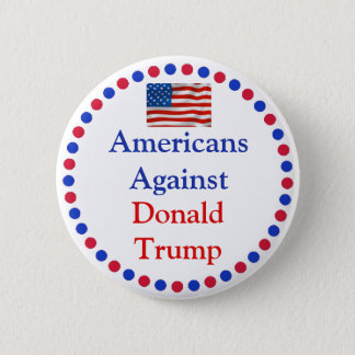 Pin's Américains contre le bouton de Donald Trump