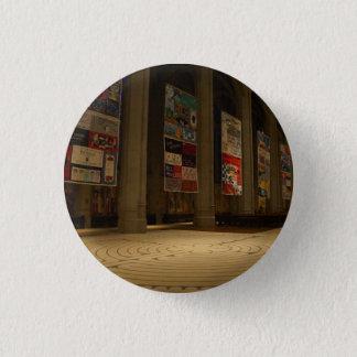 Pin's Bouton de la cathédrale #6-1 Pinback de grâce de