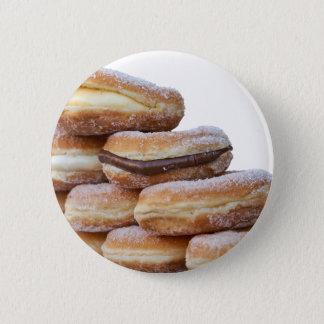 Pin's butées toriques de crème et de chocolat