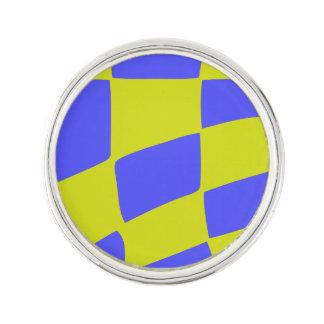 Pin's Carrés jaunes et bleus