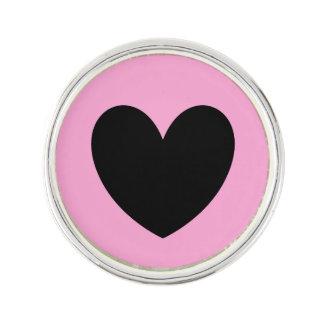 Pin's Coeurs noirs de polka sur le rose de sucrerie de