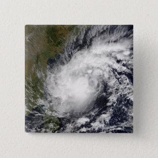 Pin's Cyclone tropical Baaz