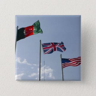 Pin's Drapeau BRITANNIQUE entre l'Afghan et les drapeaux
