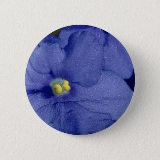 Pin's Fleurs bleues de violette africaine