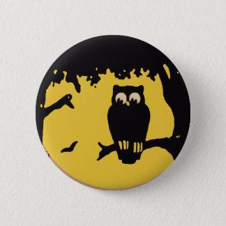 Pin's Halloween vintage, hibou éffrayant dans l'arbre
