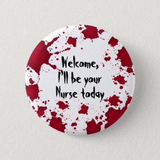 Pin's Infirmière drôle de Halloween