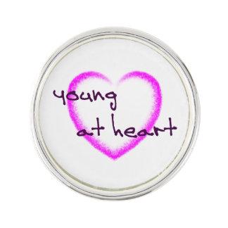 Pin's Jeunes au coeur