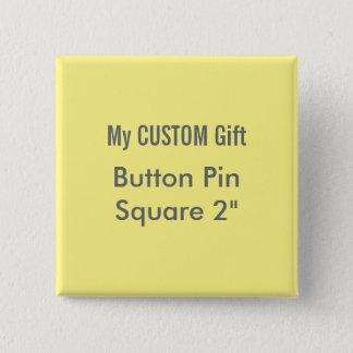 """Pin's La coutume a imprimé 2"""" JAUNE carré de Pin"""