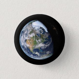 Pin's La terre du bouton de l'espace