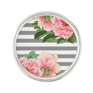 Pin's Lignes roses de gris de pivoines
