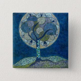 Pin's lune dans le bouton de fleur (peinture)