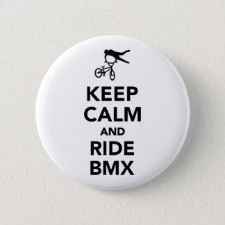 Pin's Maintenez calme et le tour BMX