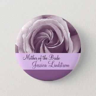 Pin's MÈRE du bouton de JEUNE MARIÉE avec le rose LILAS