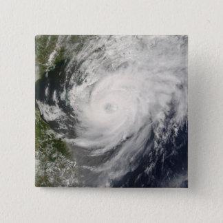 Pin's Ouragan Neoguri approchant la Chine