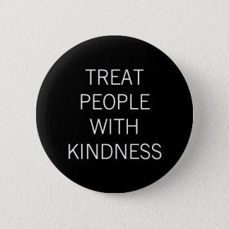 Pin's Personnes de festin avec la gentillesse