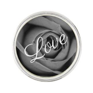 Pin's Pin monochromatique de revers d'amour de rose