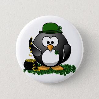 Pin's Pingouin chanceux avec le pot d'or