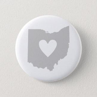 Pin's Silhouette d'état de l'Ohio de coeur