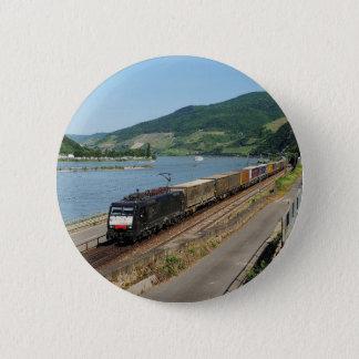 Pin's Train de marchandises dans les Assmanshausen au