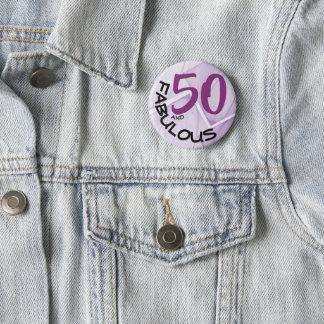 Pin's Type pourpre et noir cinquantième anniversaire de