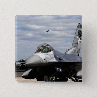 Pin's Un faucon F-16 de combat