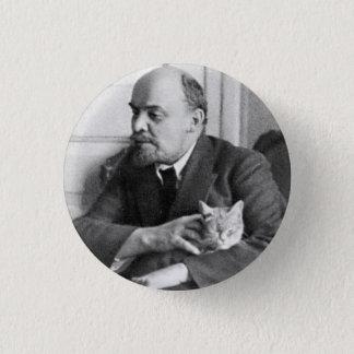 Pin's V.I. Lénine choie un chat petit, 1 bouton rond de