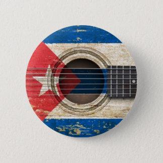 Pin's Vieille guitare acoustique avec le drapeau cubain