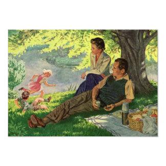 Pique-nique vintage de famille d'amusement sous un carton d'invitation  12,7 cm x 17,78 cm