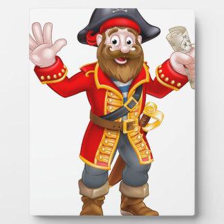 Pirate de bande dessinée tenant la carte plaques d'affichage