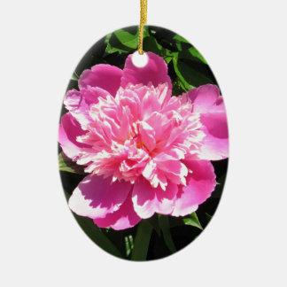 Pivoine rose ornement ovale en céramique