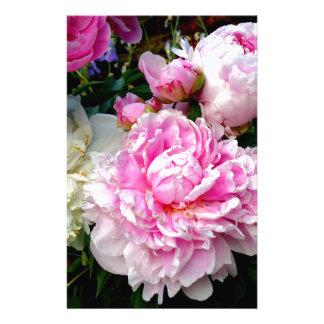 Pivoines roses et blanches papier à lettre personnalisable