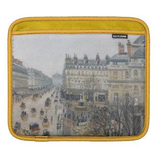 Place du Theatre Francais, Paris : Pluie, 1898 Poches iPad
