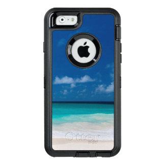 Plage blanche, eau de turquoise et ciel bleu coque OtterBox iPhone 6/6s