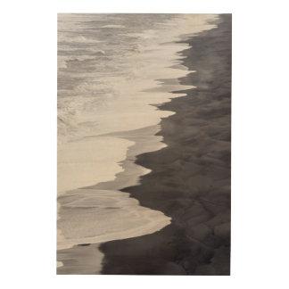 Plage noire et blanche pittoresque impression sur bois