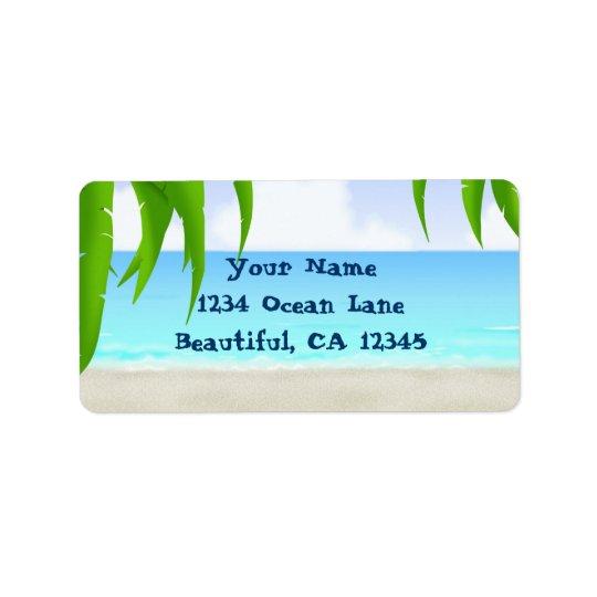 Plage, palmiers et étiquettes de adresse d'océan