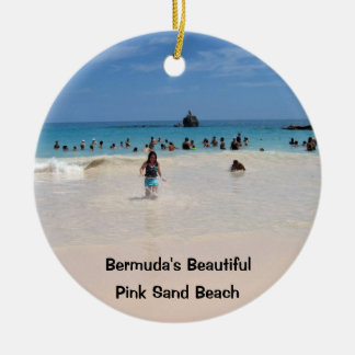 Plage rose #3, Bermudes belles, S rose de sable… Ornement Rond En Céramique