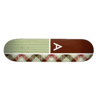 Plaid de rouge foncé et de vert sauge plateaux de skateboards