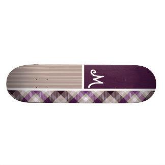 Plaid pourpre et bronzage plateaux de skateboards customisés