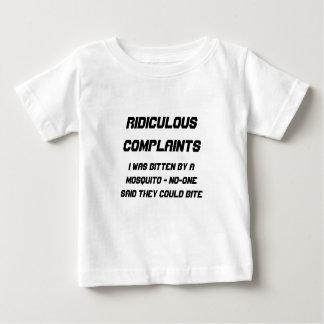 Plaintes ridicules mordues par le moustique t-shirts