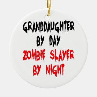 Plaisanterie de zombi de petite-fille ornement rond en céramique