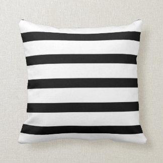 Plaisir rayé noir et blanc oreiller