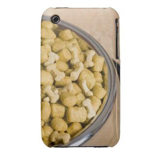 Plan rapproché des aliments pour chiens dans une coques Case-Mate iPhone 3