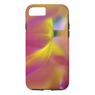 Plan rapproché du dessous de la fleur de tulipe, coque iPhone 7