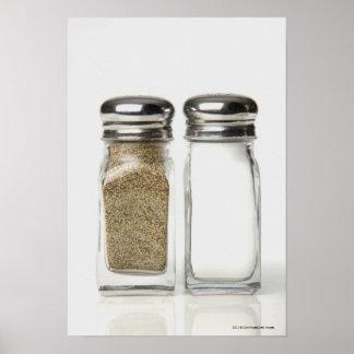 Plan rapproché d'un sel et d'un dispositif tremble affiche