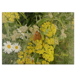 Planche à découper de fleurs de papillon