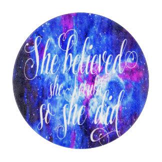 Planche À Découper Elle a cru au rêve de l'amant