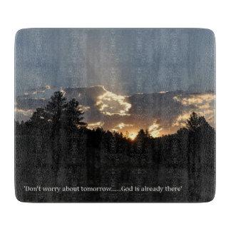 Planche À Découper Ne vous inquiétez pas du demain - Dieu est déjà là