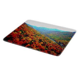 Planche À Découper Par les montagnes