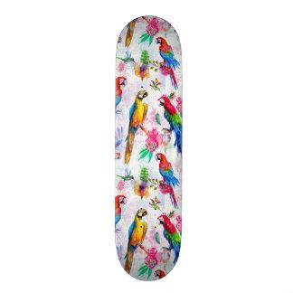Planche À Roulette Perroquets de style d'aquarelle